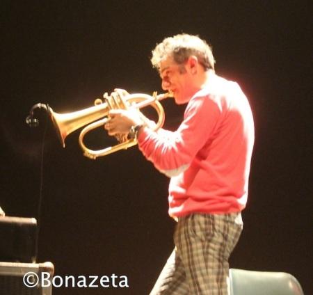 Paolo_Fresu_tromba_flicorno_Concerto_Teatro_Romano_Verona_2013