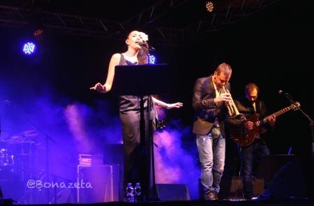 Nina zilli fabrizio bosso live valeggio Vr - foto c Bonazeta eos 950px Musicaealtro